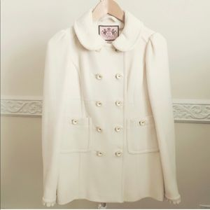 ⭐️Juicy Couture Luxurious Double Breasted Coat⭐️